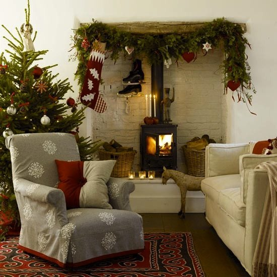 10 Tips to Holiday Entertaining in a Small Space