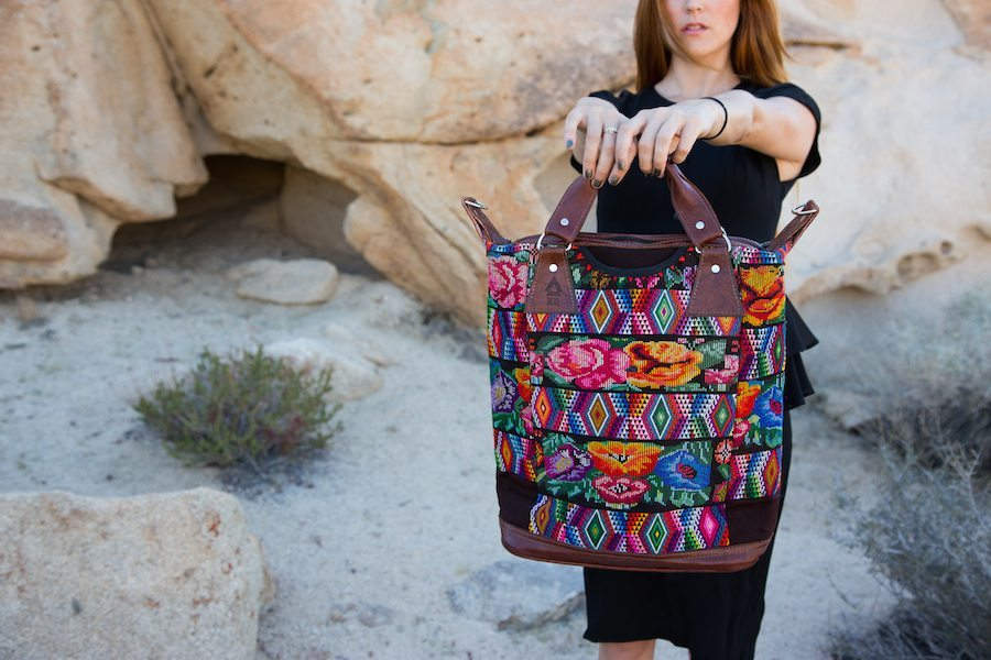 ixchel trianggle bag