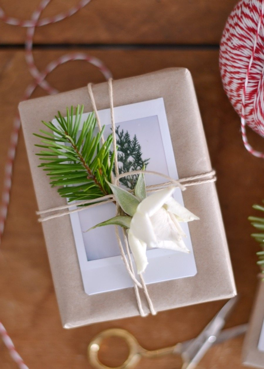 Last minute gift idea a polaroid wrapping tutorial polaroid wrapping negle Image collections