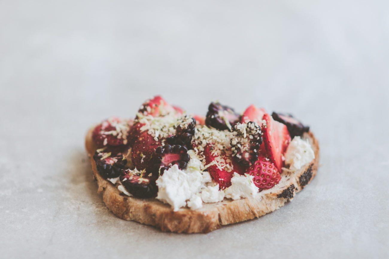 berry toast